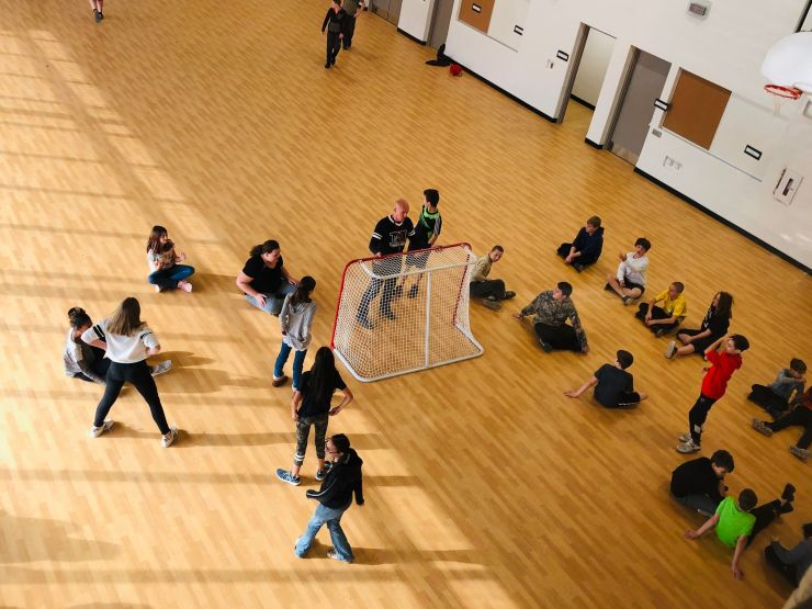 Students use gym